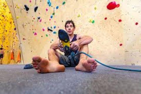 Alex Honnold ready to climb.