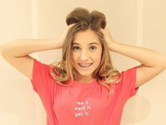 Rosie McClelland is British child actress, television personality and author who has net worth of $250,000.
