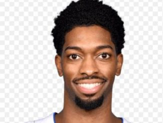 Amile Jefferson is 25 years old.