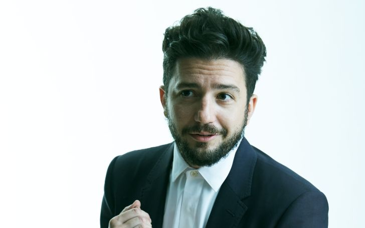 John Magaro holds a net worth of $6 million as of 2020.
