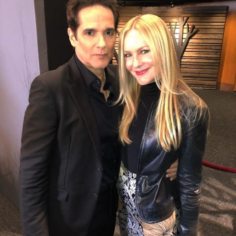 Yul Vazquez tied the knot with Linda Larkin in 2002