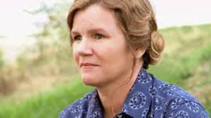 Mare Winningham married for the first time to A Martinez in 1981.. Source: Hallmark movies and mysteries