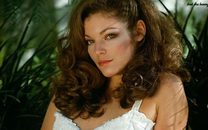 How's Amy Irving' Married Life Like?