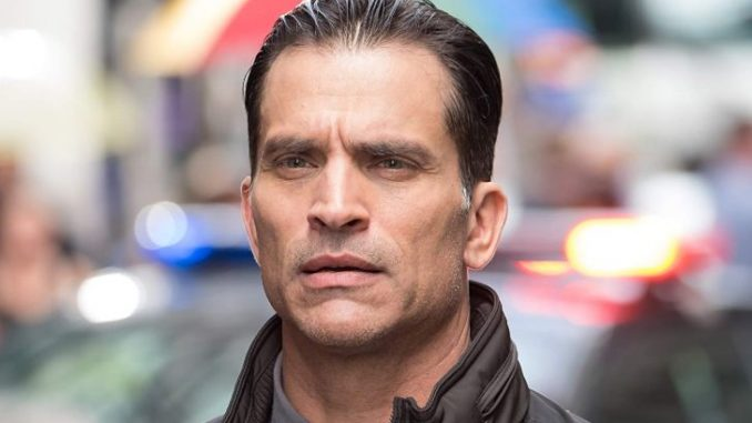 Johnathon Schaech holds a net worth of $1 million as of 2020.