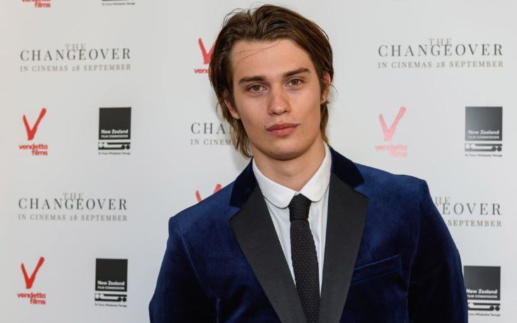 Nicholas Galitzine holds a net worth of $200,000 as of 2020.