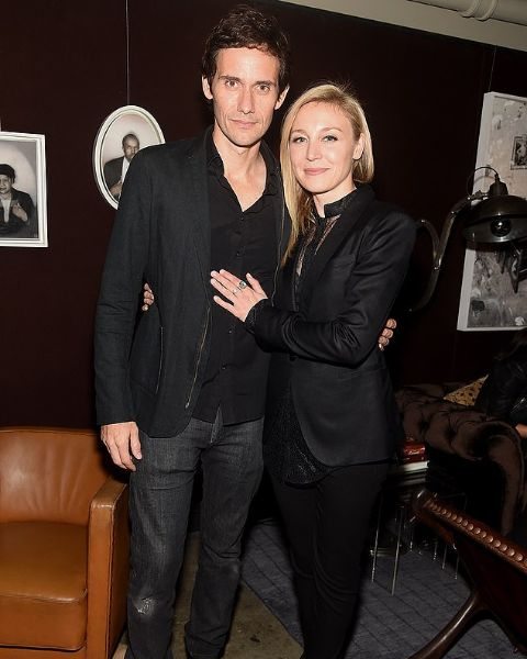 Juliet Rylance giving a pose along with her husband, Christian Camargo.