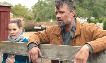 Leslie Bibb and Josh Duhamel in 'The Lost Husband'