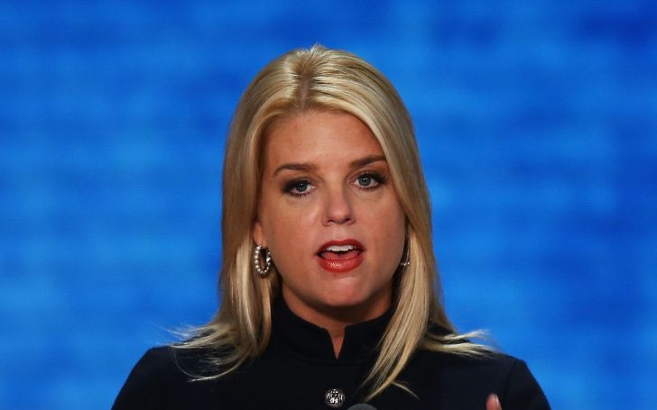 Pam Bondi – Wiki, Age, Married, Twitter, Trump, Education, Net Worth