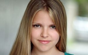 Sarah-Jeanne Labrosse Wiki-Bio, Age, Instagram, Fortune, New Movies, Boyfriend