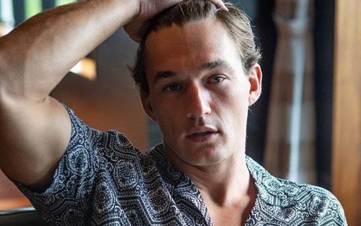 Tyler Cameron Bio, Dating, The Bachelorette, Net Worth, Modeling
