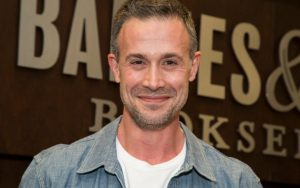 Freddie Prinze Jr Bio, Net Worth, Movies, Wife, Parents, Age, Height