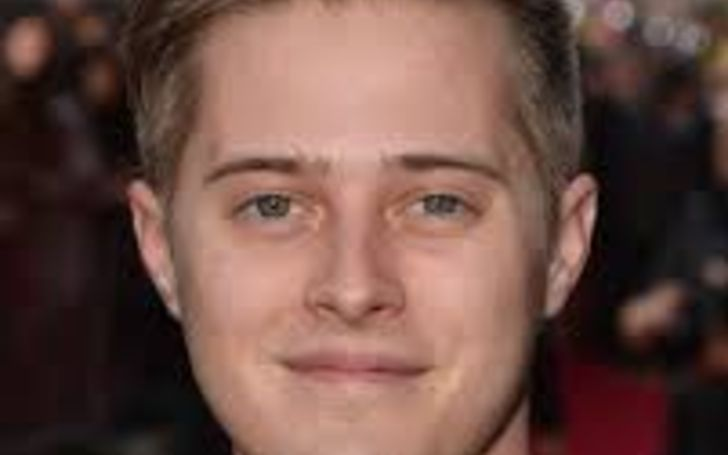 Lucas Grabeel Bio, Movies, Girlfriend, High School Musical, Sister, Age, Instagram, Songs