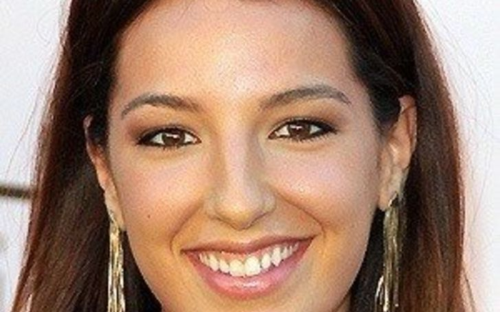 Vanessa Lengies Dating, Relationship Status now, Will Estes, Net Worth