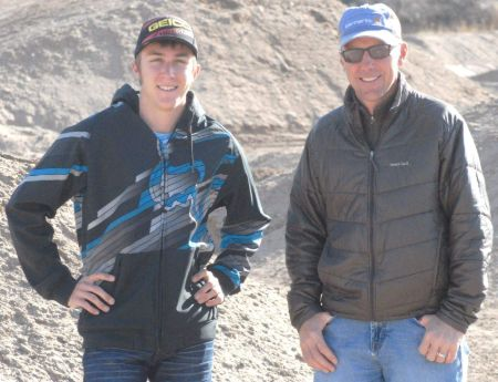 Eli Tomac with his father
