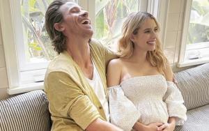 Emma Roberts with her boyfriend Garrett Hedlund