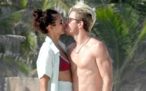 Nina Dobrev and Shaun White dating