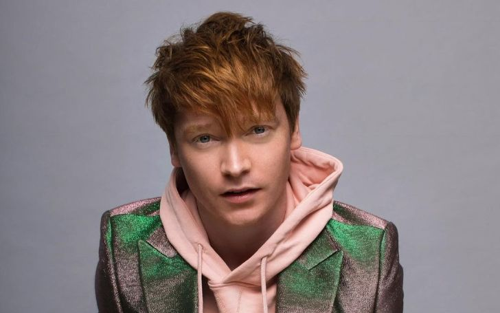 Calum Worthy Bio, Net Worth, Movies, Pieces of Her, Girlfriend, Instagram, Age