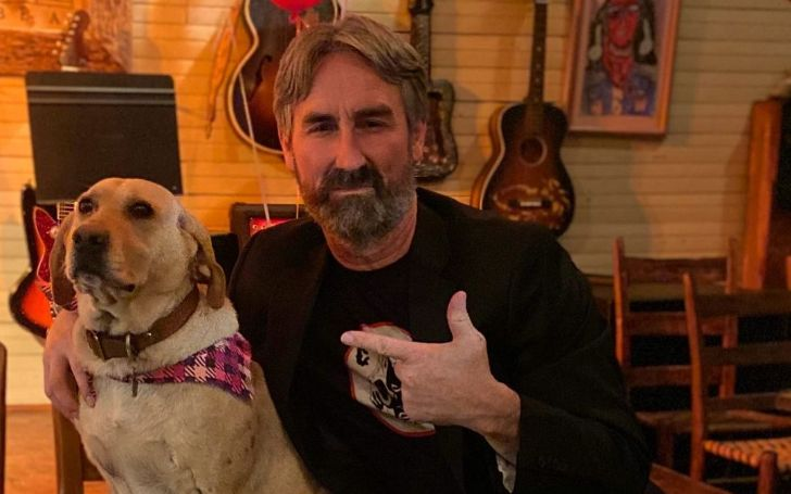Mike Wolfe Bio, Married, Wife, American Pickers, Career, Parents, Height, Age