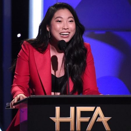 Awkwafina at Hollywood awards