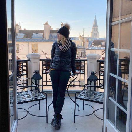 Evelyn Taft in her hotel room in Paris
