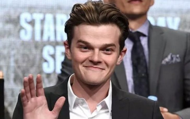 Robert Aramayo Biography – Movies, Behind Her Eyes, Relationship, and Net Worth