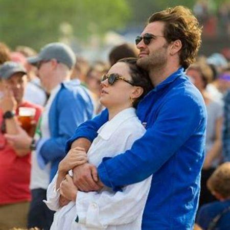 Tom Bateman with her girlfriend, Daisy Ridley.