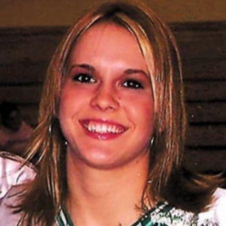 Ashley Harlan, during her early twenties.